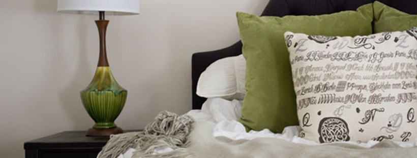 Feature image for updated 80s townhome bedroom makeover. | The Happy Home Therapist