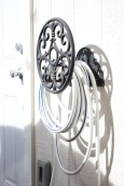 Decorative hose reel in my patio makeover. | The Happy Home Therapist